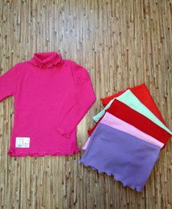 kupit-golf-vodolazky-dlia-devochki-030141110-110-300x225